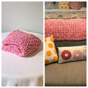 Vintage Crochet Chenille Woven Throw Blanket Pink